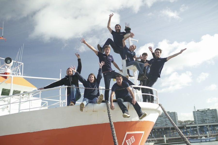Un navire pour l'expédition Plastic Odyssey
