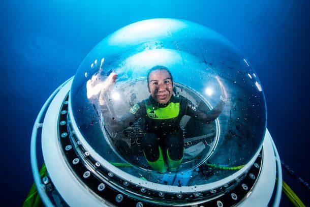 Emmanuelle Périé-Bradout est exploratrice et plongeuse dans les pôles